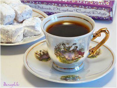 Фото к рецепту: Иорданский кофе с кардамоном