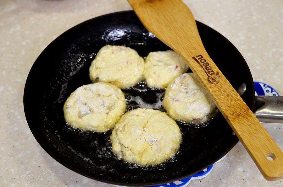 Сырники с грибами и беконом - фото шаг 7
