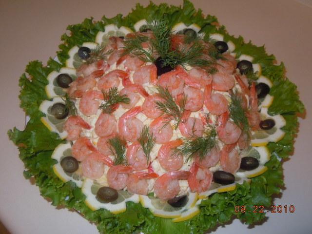Фото к рецепту: Салат морской коктейль