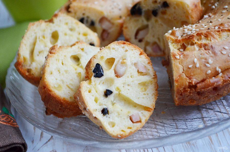 Закусочный кекс с беконом и маслинами - фото шаг 8