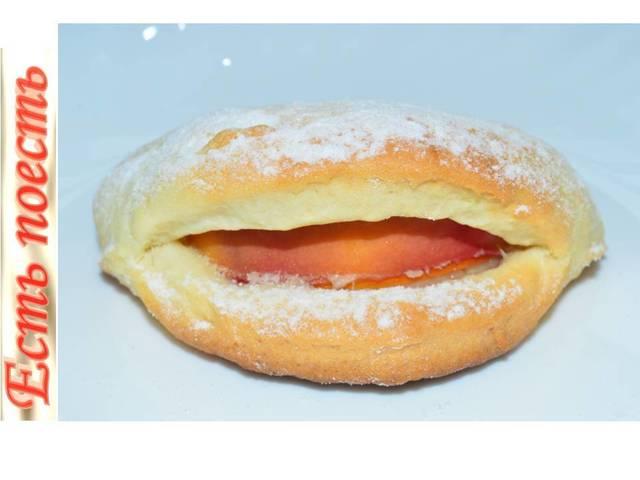 Фото к рецепту: сладкие губки с персиком - бесподобное печенье