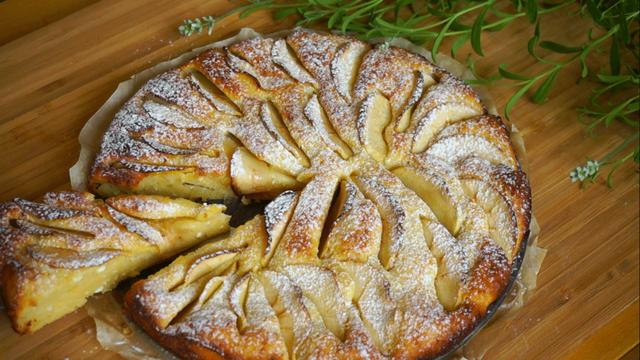 Фото к рецепту: Пирог нежность с секретом