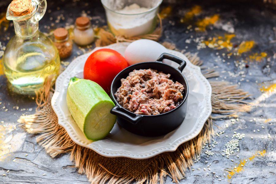 Запеканка из кабачков с фаршем и помидором - фото шаг 1