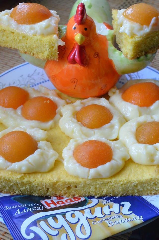 Фото к рецепту: Пирог глазунья