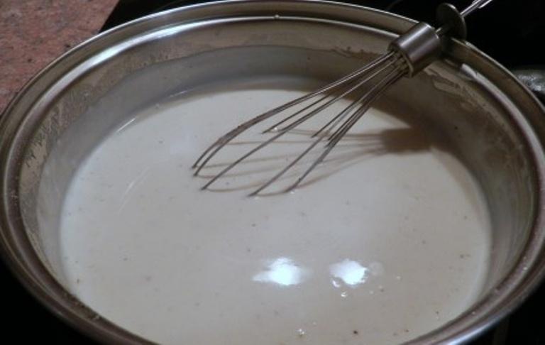 Кролик в сметанном соусе - фото шаг 5