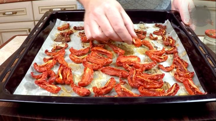 Вяленые томаты в масле