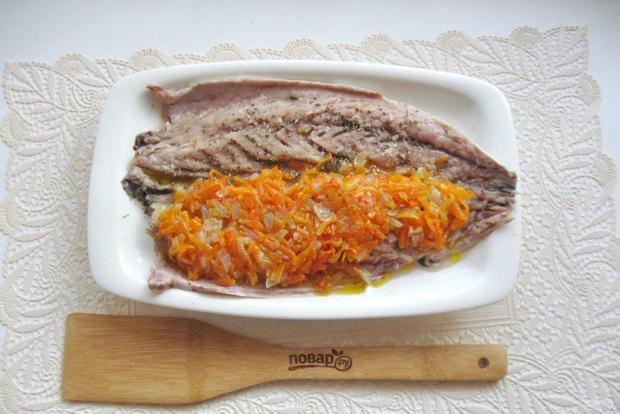 Скумбрия с желатином и морковью - фото шаг 9