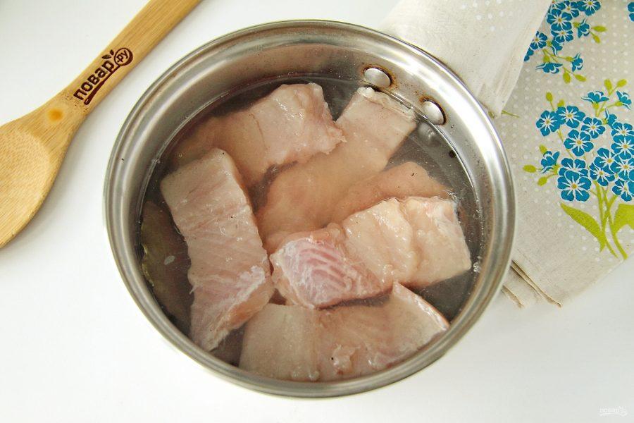 Рыба маринованная в уксусе с луком - фото шаг 5