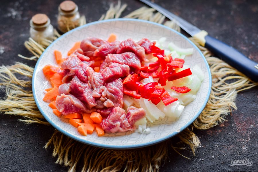 Фунчоза с редькой и мясом - фото шаг 4