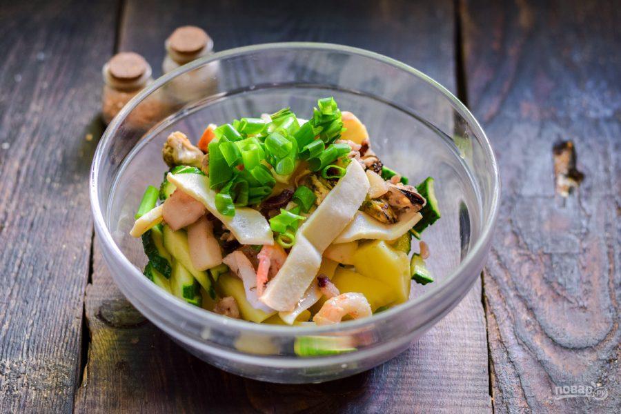 Картофельный салат с морепродуктами - фото шаг 6