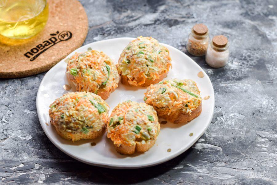 Запеченные бутерброды с рыбой - фото шаг 6