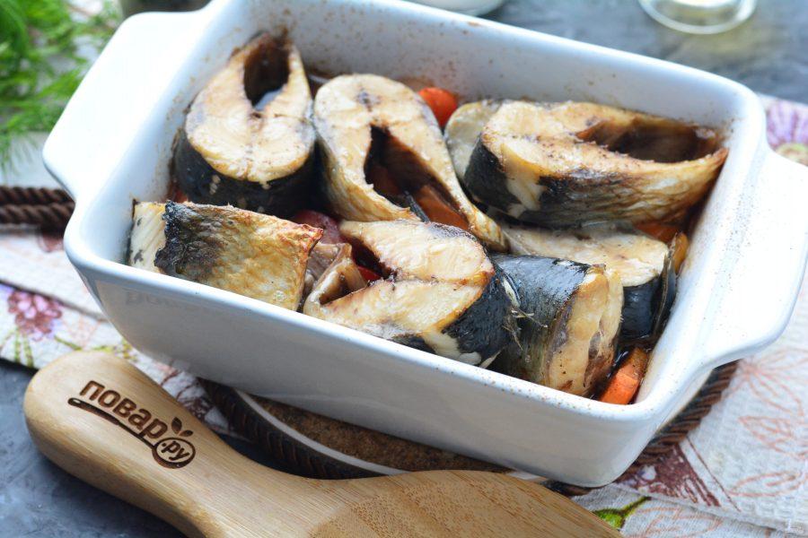 Сельдь в духовке с овощами - фото шаг 7