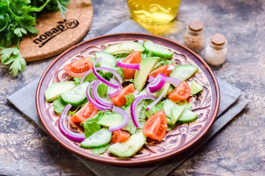 Салат с печенью трески и авокадо - фото шаг 4