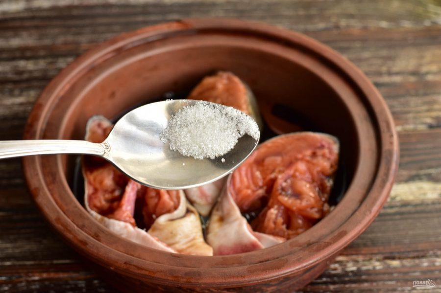 Горбуша в соевом соусе в духовке - фото шаг 5