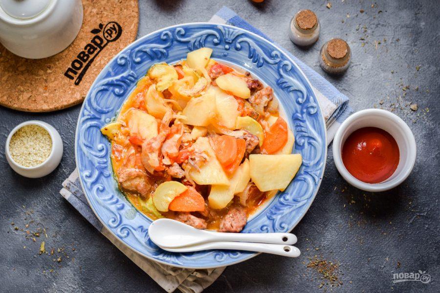 Овощное рагу с кабачками и тушенкой - фото шаг 8