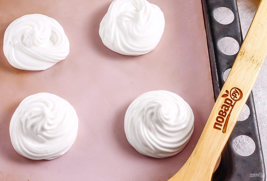 Пирожное из безе с кремом - фото шаг 4