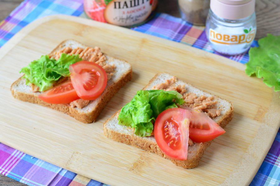 Бутерброды с паштетом на праздничный стол - фото шаг 3