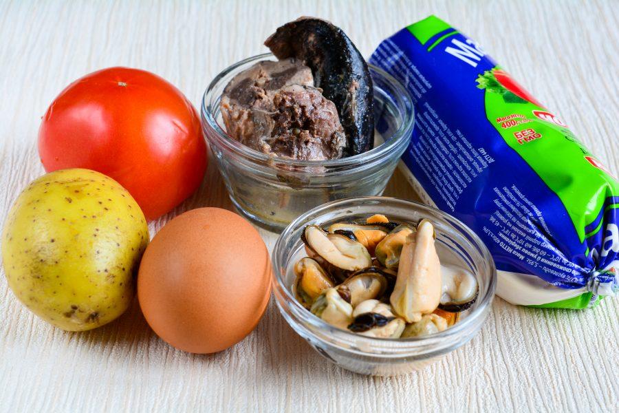 Салат с мидиями и овощами - фото шаг 1
