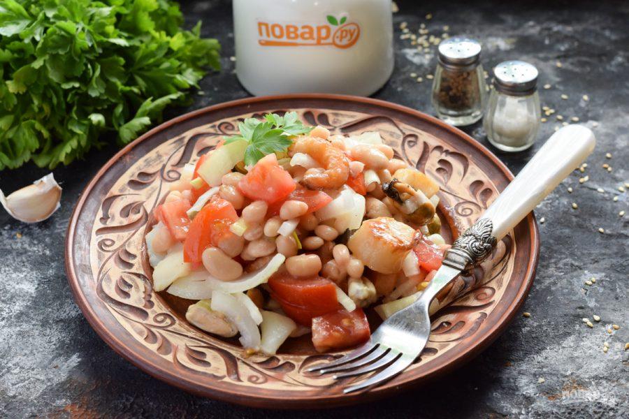 Салат с фасолью и морепродуктами - фото шаг 7