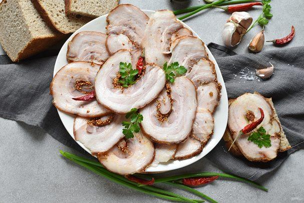Рулет из свинины в мультиварке