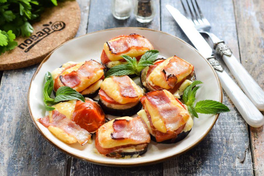 Баклажаны запеченные с сыром, помидорами и беконом - фото шаг 9